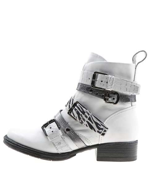 Buckle boots bianco