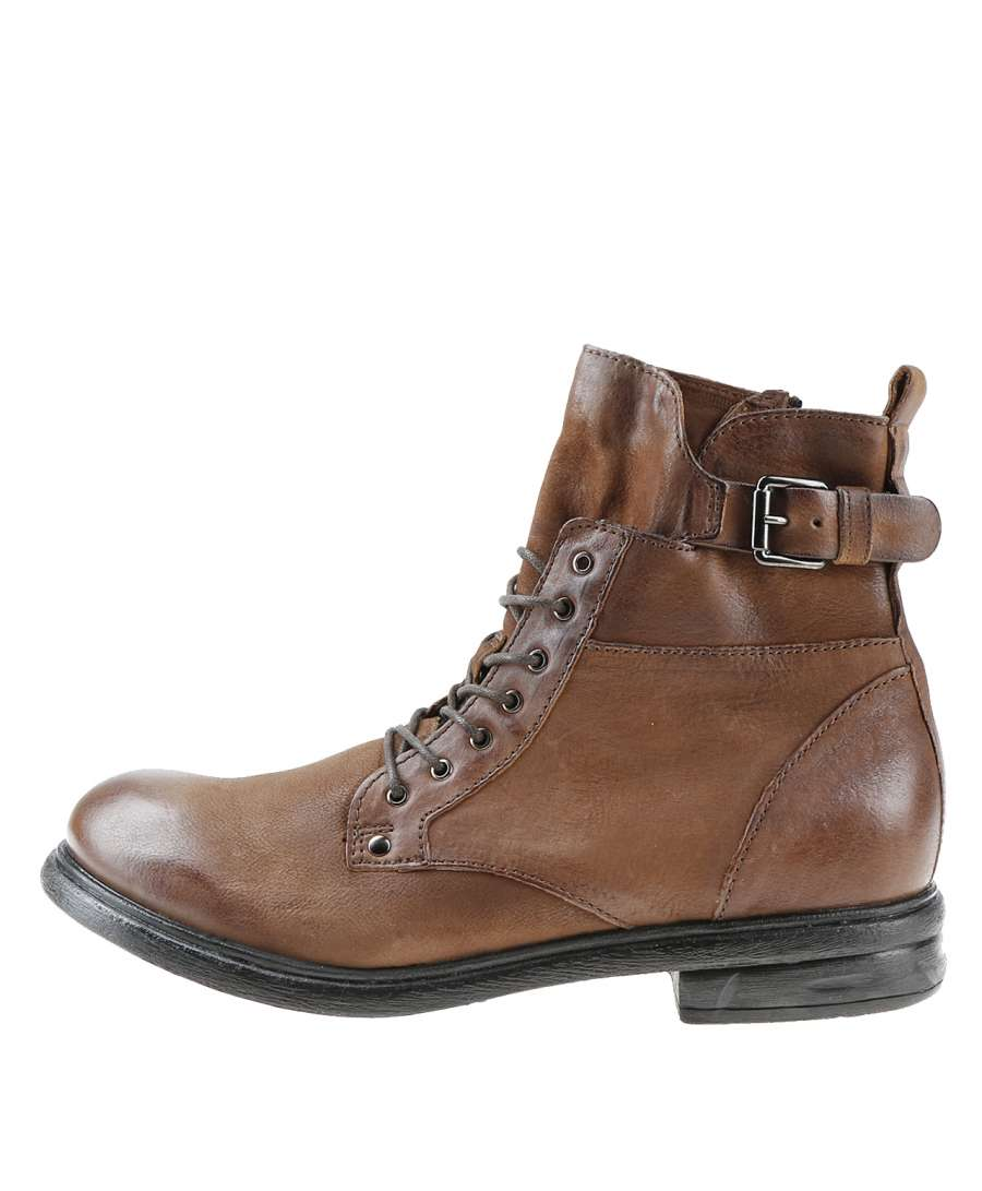 Laced boots terra