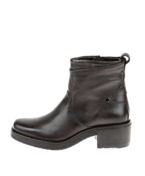 Women Boot 550201
