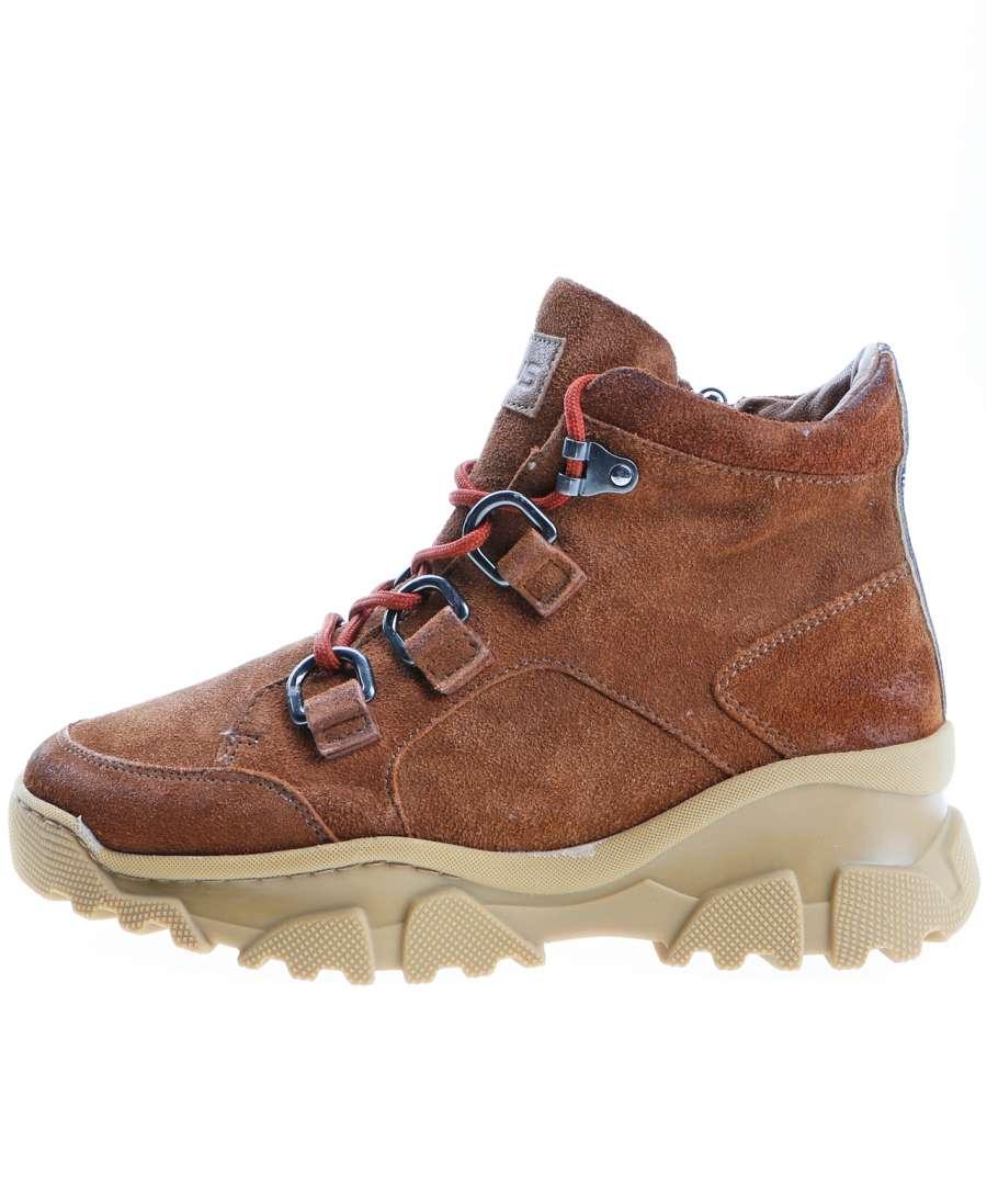 High-top Sneaker penny