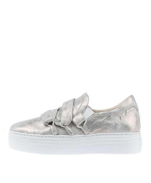Women Sneaker 686108