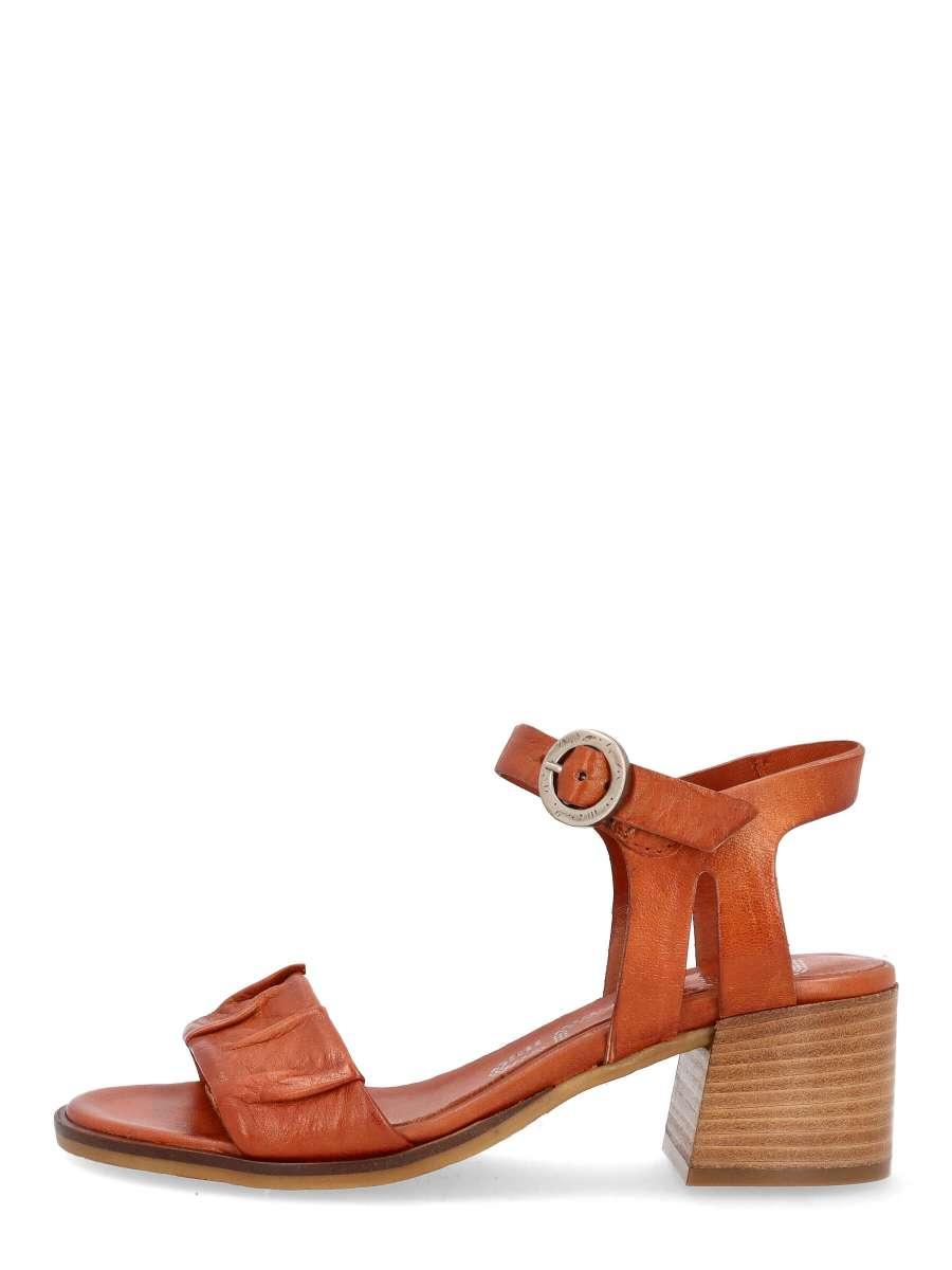 Strappy sandals cannella