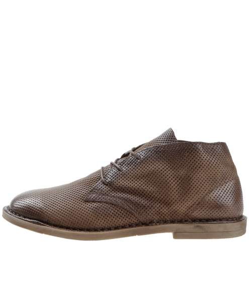 Low shoes brandy