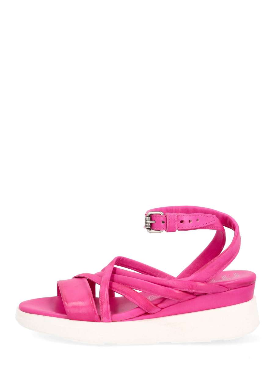 Wedge sandals chic