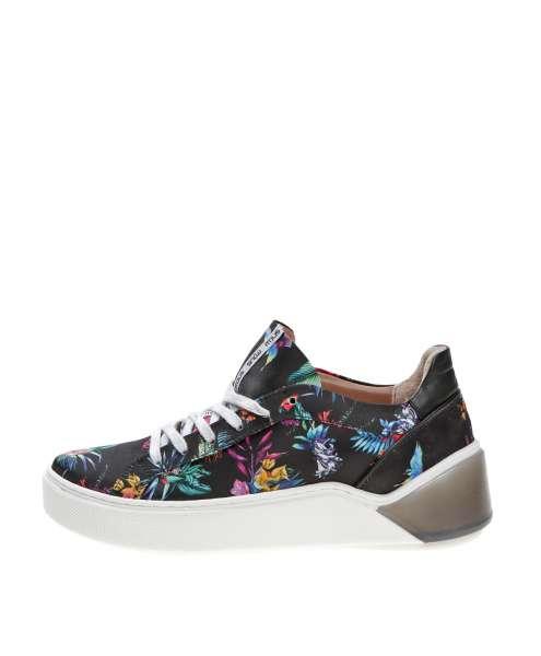 Women sneaker 769111