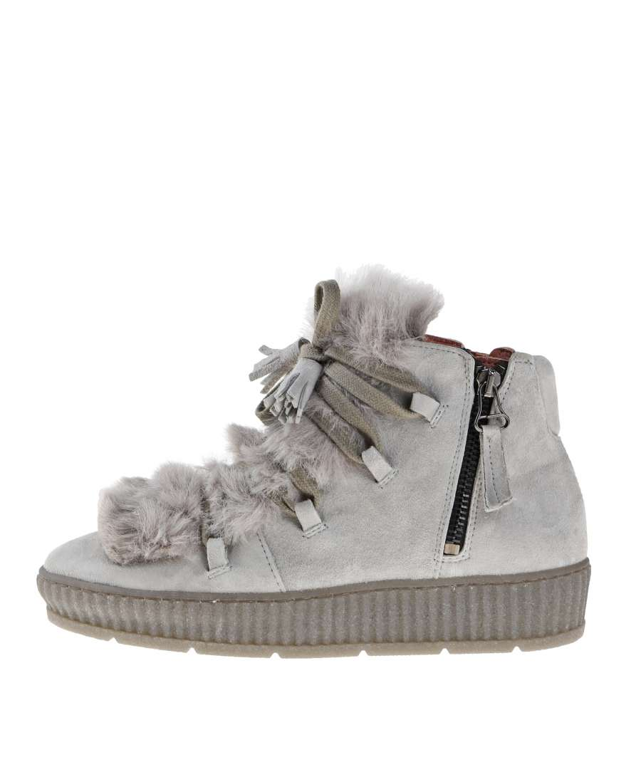 Fur boots frost