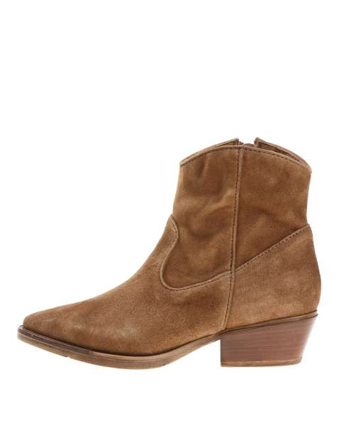 Women boot 240210