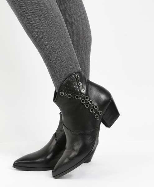 Nieten Ankle Boots nero