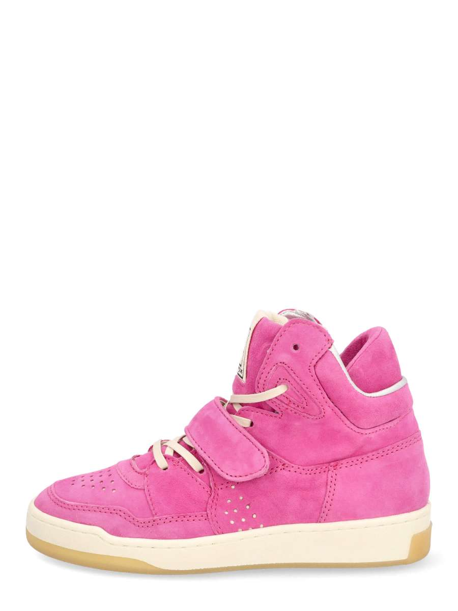 High top sneakers chic