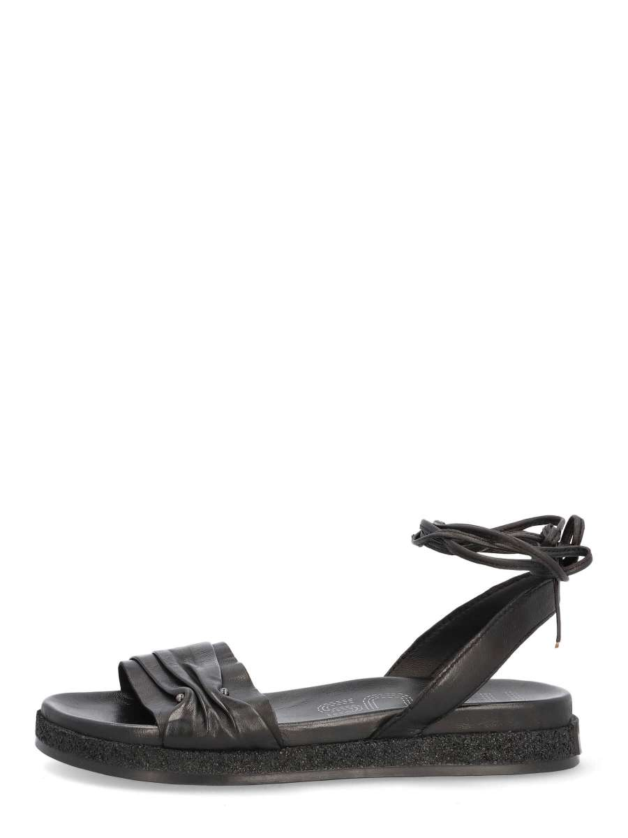Laced sandals nero