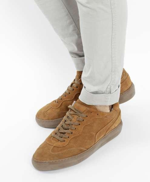 Sneaker sella