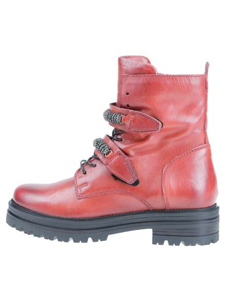 Studded boots scarlet