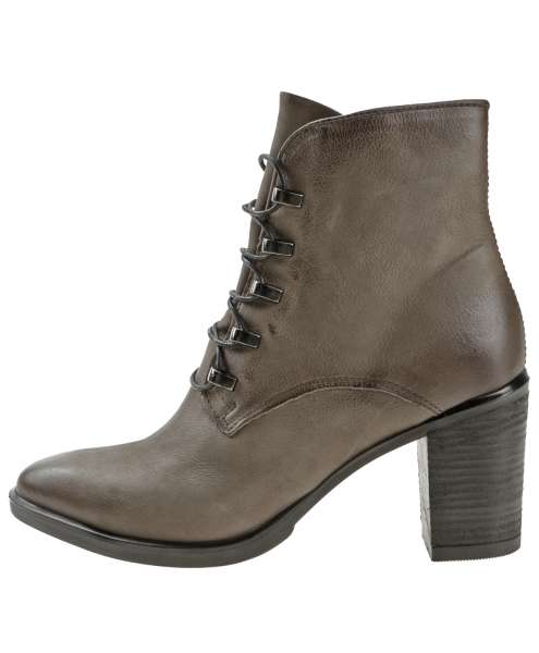 Laced boots antilope